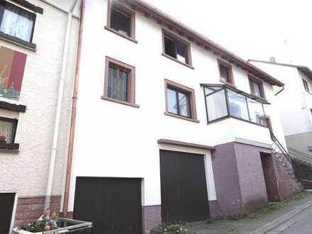 2 Familienhaus mit Garten und Garage in ruhiger Wohnlage