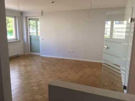 Renovierte Wohnung mit 2 Balkonen incl. PKW-Stellplatz