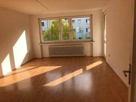 Schöne, helle und ruhige 3-Zimmer-Wohnung in Horn, Uni-Nähe