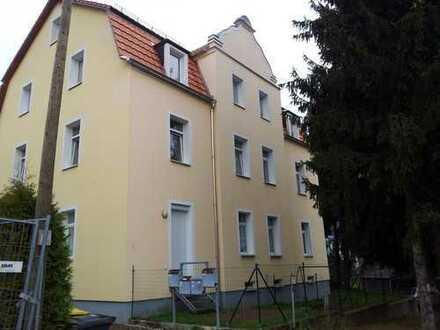 LUGA - sehr schöne 2-Zimmer-Wohnung mit Gartenanteil
