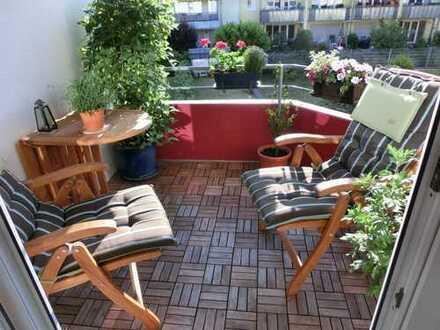 Stilvolle, gepflegte 3-Zimmer-Wohnung mit Balkon u. Einbauküche in Köln, Weidenpesch zum 01.02.2020