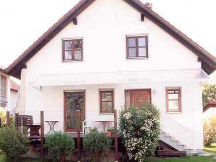 Hübsches Einfamilienhaus mit großem Garten in Adelzhausen