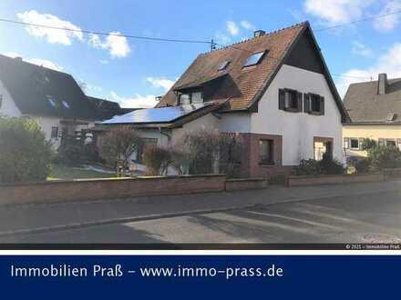 Top-Gelegenheit! Einfamilienhaus mit Doppelgarage in Bad Sobernheim zu verkaufen