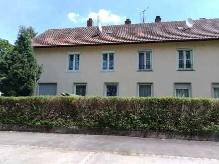 3 Zimmer Wohnung in Boschnähe mit Stellplatz und Garage