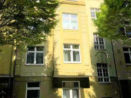 Innenstadt-Ost - Gerichtsviertel!!! Attraktives Mehrfamilienhaus - Für den Käufer provisionsfrei!