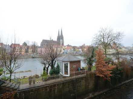 Rarität! 3-Zi.-Whg. mit herrlichem Blick auf Donau+Dom u.Wintergarten auf der Wöhrdinsel