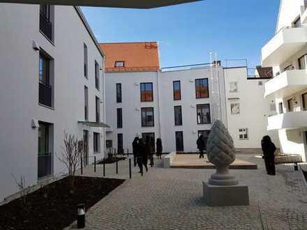 NEUBAU: 4-Zimmer-Erdgeschosswohnung mit Einbauküche und Garten in Augsburg