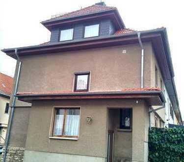 teilsan. Reihenendhaus (Bj23) in bester Wohnlage von Erfurt-Brühl