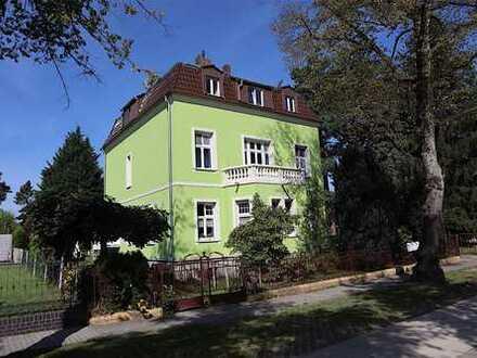 Fabrikantenvilla (provisionsfrei) - nutzbar als Mehrfamilienhaus oder/und für Büro- und Praxisräume