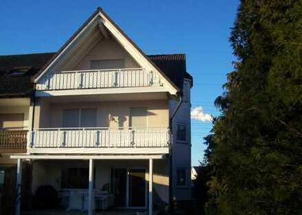 Schönes, geräumiges Haus mit fünf Zimmern in Aschaffenburg (Kreis), Stockstadt am Main