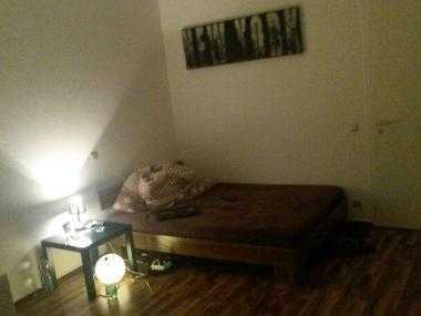 18qm Zimmer in 3er Wg, zentrale Lage frei ab 01.08