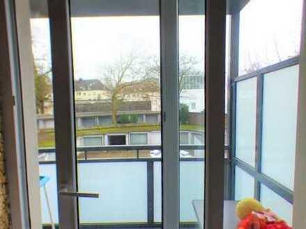 Top Aufteilung im Südviertel! 3 Raum Wohnung mit neuem Balkon und Tageslichtbad