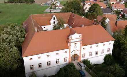 Ehemaliges Vogteischloss des Deutschen Ordens in Mittelfranken von Privat zu verkaufen