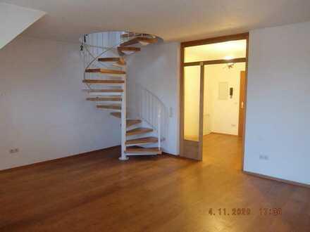 Gepflegte 4-Zimmer-Maisonette-Wohnung mit Balkon in Herzogenaurach