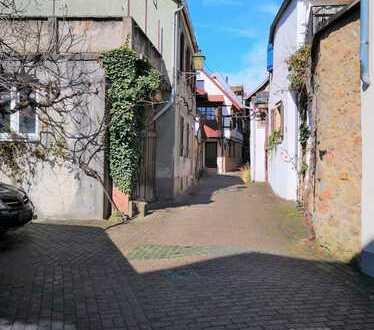 Kampfpreis! hinterhaus im Herzen der Altstadt.
