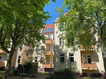 Attraktiv und lichtdurchflutet - Dachgeschoss im schönen Lankwitz - Einzug SOFORT