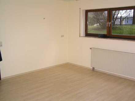 Gemütliche 1-Zimmer-Wohnung mit Einbauküche in Schnelldorf