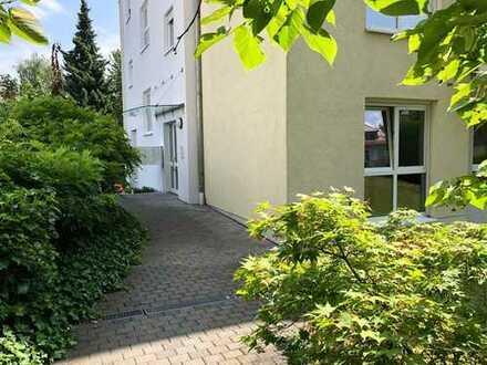 Größzügige 4-Zi.-Dachgeschosswohnung im beliebten Südviertel!