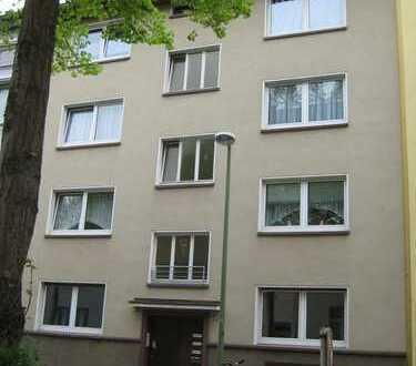 100,00 m² Erdgeschoss-Wohnung mit 4 Zimmern & Terrasse in Essen-Holsterhausen