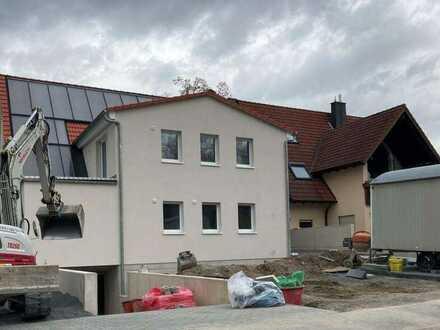 Neubau-Erstbezug-Modern und mit Terrasse