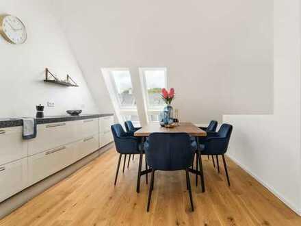 Erlesene Dachterrassenwohnung mit hohem Wohnkomfort direkt am Englischen Garten