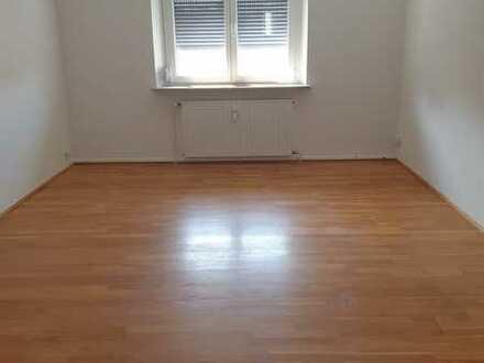 Großzügige 4-Zimmer Wohnung in Neustadt/Aisch!