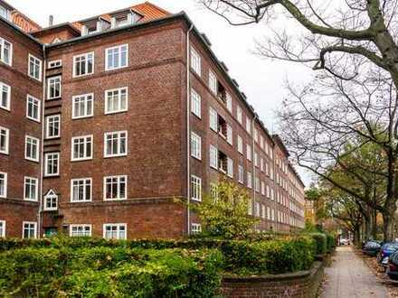 Kapitalanlage in Eimsbüttel: Schöne 2-Zimmer Dachgeschoß-Wohnung