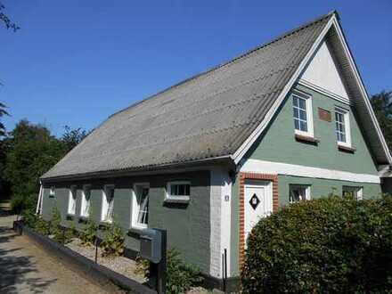 Eine Immobilie auf dem Lande für die kleine Familie, mit vielen Möglichkeiten....