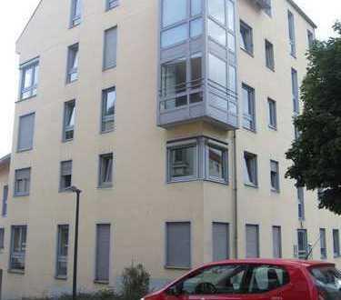 ++ ansprechende 2-Zimmer mit Balkon im Zentrum ++