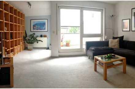 Sehr schöne, gepflegte 2,5-Zimmer-Maisonette-Wohnung mit Balkon und Einbauküche in Renningen
