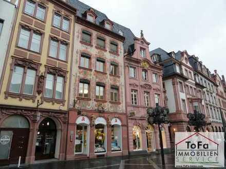ToFa: Am Markt in Mainz mit Blick auf den Dom
