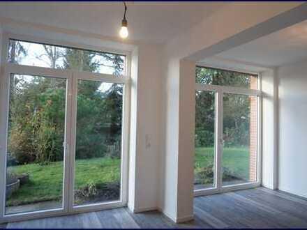 Helle 3-Zimmer-Erdgeschoss-Wohnung mit Terrasse und Garten in Bramfeld!