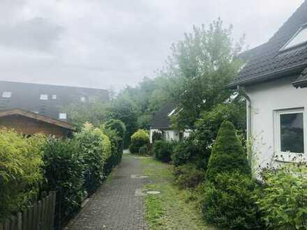 Freundliches 4 Zimmer Haus mit Garten zum Kauf in Gellershagen/Babenhausen, Bielefeld