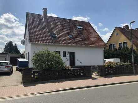 Gepflegtes 6-Zimmer-Einfamilienhaus mit EBK in Uetze, Uetze - Hänigsen