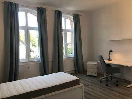 14 m² WG-Zimmer All-Inclusive - möbliert - EBK, Garten, Parkplatz, 600 Meter zur Universität