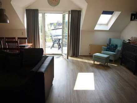 Helle und moderne 2-Zimmer-Wohnung mit großer Loggia- direkt in der City