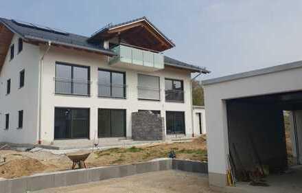 Hochwertige DHH / Haus im Haus Gartenwohnung in Anzing/EBE, Erstbezug