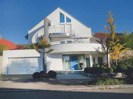 Moderne Villa in bestechender Architektur Bestlage Owen/Teck