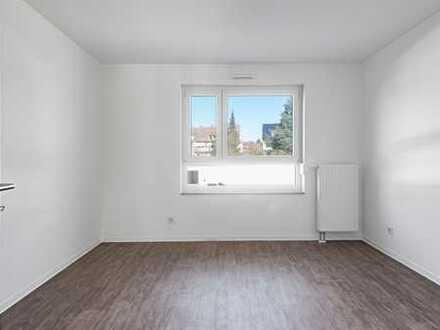 ++ Neubau! Barrierefreie 2-Zi-Wohnung mit Balkon, Stellplatz und Aufzug! ++