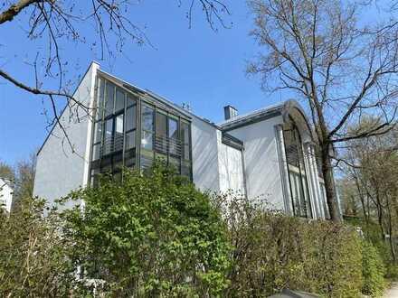 Toplage am nördlichen Englischen Garten - Raffiniert geschnittene 3-Zimmer-Wohnung mit Wintergarten