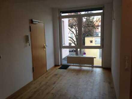 Moderne, helle und sehr hochwertige 3 Zimmer Wohnung in Kempten - Zentrum zu vermieten