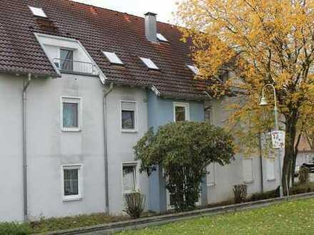 ZWANGSVERSTEIGERUNG - Schöne 3-Zimmer-Wohnung mit Balkon und Tiefgaragenstellplatz