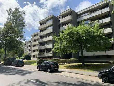 Schöne 1-Zimmer-Hochparterre-Wohnung mit Balkon und Einbauküche in Mönchengladbach