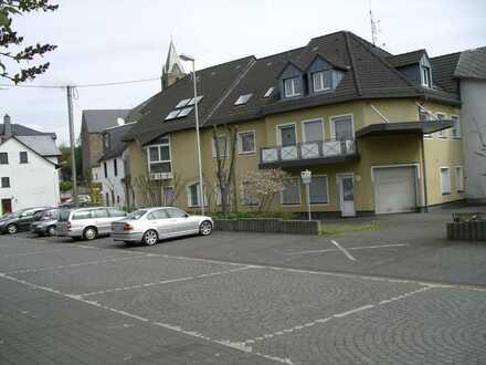 Schöne Wohnung mit EBK, zentrale Lage, provisionsfrei!