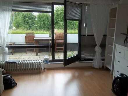 Moderne Galerie-Appartement-Wohnung (z.B. Schlafplatz auf Galerie)mit großem Balkon in Do-Kirchhörde
