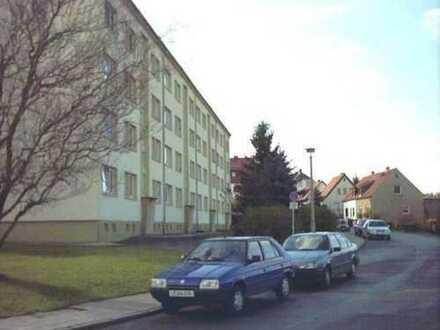 preiswerte 3-Raum-Wohnung mit Balkon in Bad Köstritz