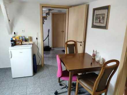 Schönes und großes 32cm² Zimmer(5min zu Fuß zur Uni)