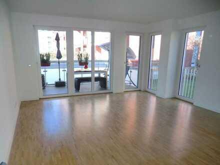 Moderne, Zentrumsnahe 3 Zimmer EG Wohnung mit großem Balkon