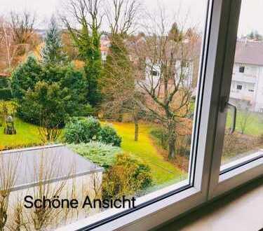 Geräumig u. ruhig gepflegte 3-Zi.-DG Wohnung in bester Lage in RT-Betzingen