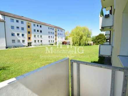 MÜNCHNER IG: Erstbezug nach Sanierung: 3-Zimmer-Wohnung mit Balkon in ruhiger Lage!